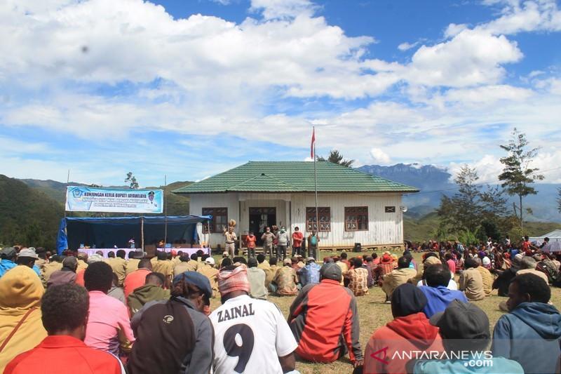 Bupati Jayawijaya perintahkan layanan distrik Itlay Hisage diaktifkan