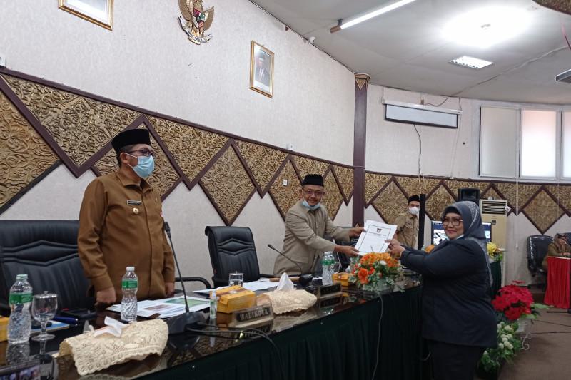 PAD minim berkontribusi pada APBD Padang, BUMD justru jadi beban dan kesadaran bayar pajak rendah