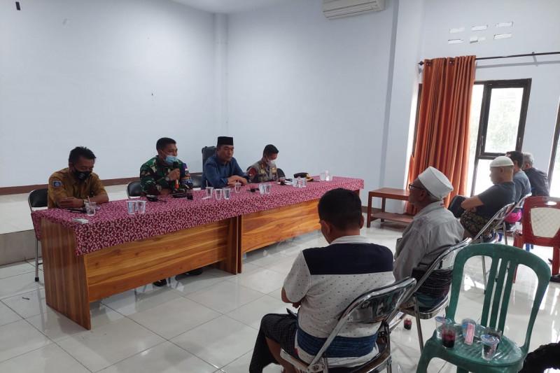 Kapolres Loteng bersama Dandim 1620 mediasi warga Ketara dan Rambitan