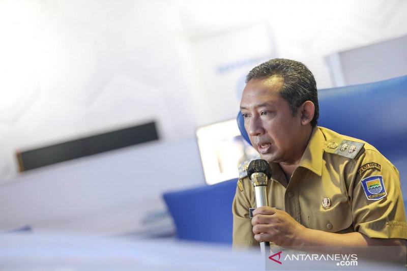 Pemkot Bandung ancam memberi sanksi camat plesiran ke Yogyakarta
