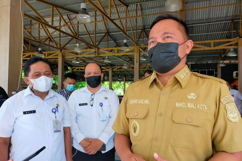 Pemkot Manado gandeng dunia usaha lakukan vaksinasi   massal