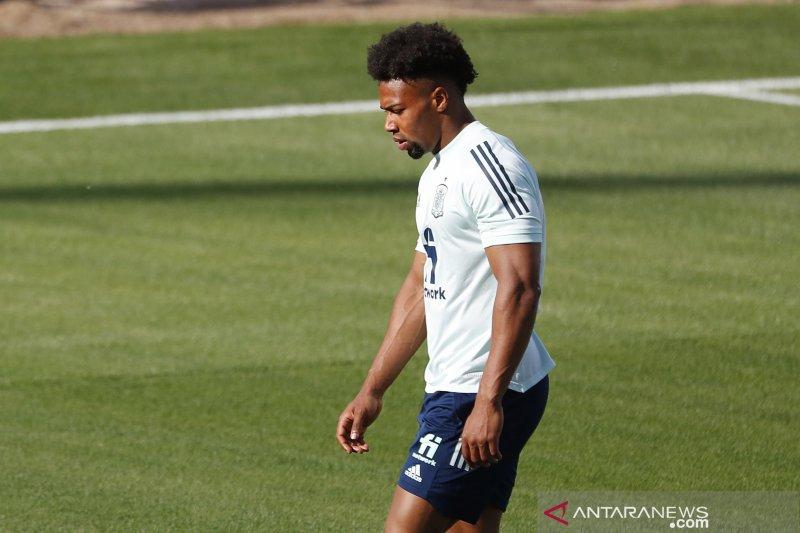 Adama Traore tak tutup kemungkinan untuk kembali ke Barcelona