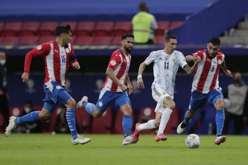 Argentina kalahkan Paraguay 1-0, pimpin Grup A