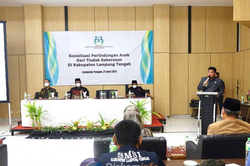 Bupati Lampung Tengah hadiri acara sosialsiasi perlindungan anak