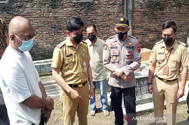 Polresta Surakarta kerja sama Kementerian Agama tangani kasus pengrusakan makam Cemoro Kembar