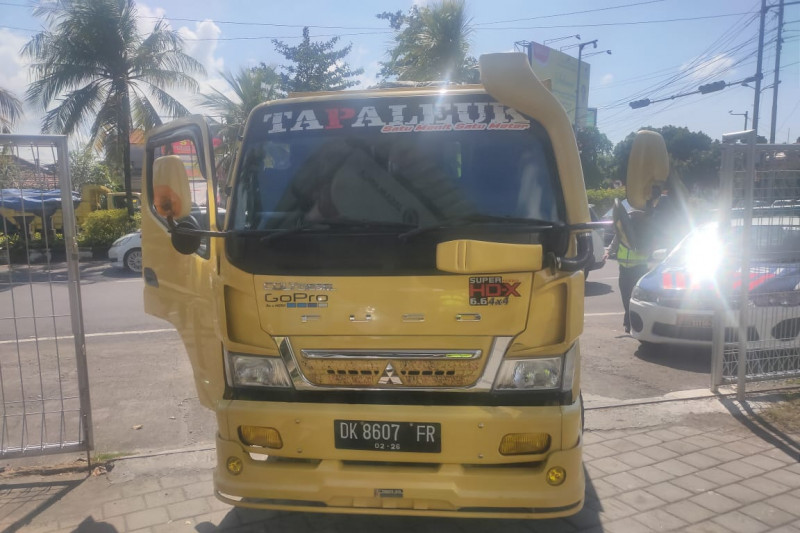 Sopir truk tabrak polisi saat bertugas  ditetapkan sebagai tersangka