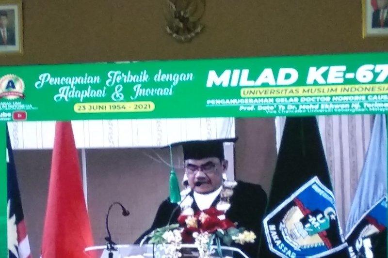 Rektor UKM Malaysia dianugerahi Doktor Honoris Causa oleh UMI Makassar