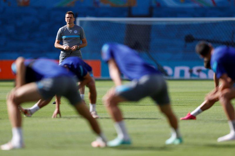 Euro 2020 - Pelatih Slovakia berharap keberuntungan timnya kontra Spanyol demi 16 besar