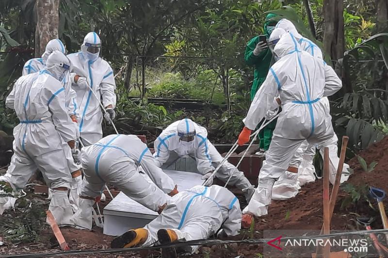 Seorang pasien COVID-19 asal Tangerang meninggal dunia dimakamkan di OKU