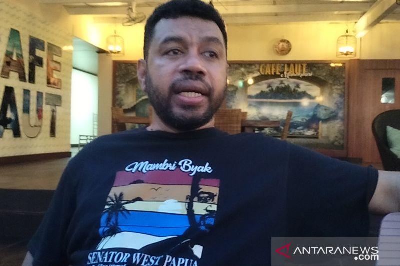 Senator Papua Barat Filep Wamafma minta penegak hukum sikapi 80 transaksi mencurigakan