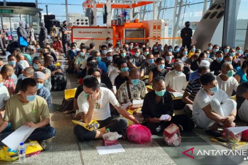 Pemerintah RI pulangkan 145 WNI rentan dari Kuala Lumpur, termasuk 10 orang ke Jabar