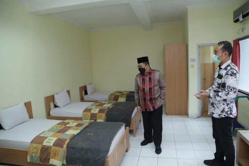 Tiga ribu kamar di asrama haji seluruh Indonesia siap digunakan untuk ruang isolasi