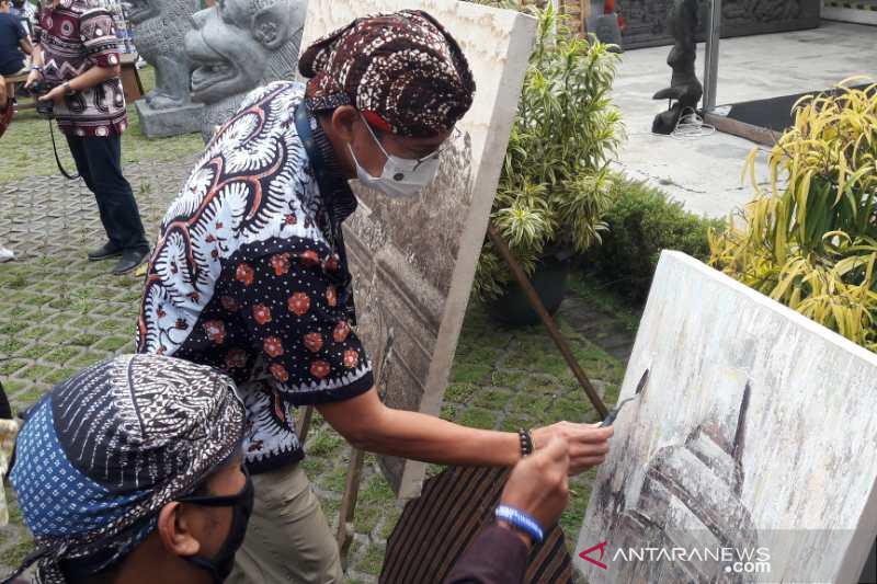 Menparekraf minta masyarakat Bali patuhi prokes untuk kesiapan wisata
