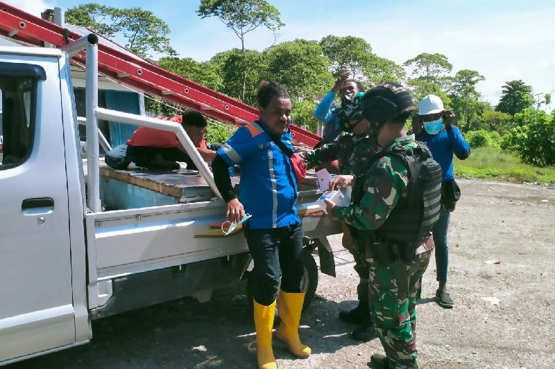 Satgas TNI-Pemkab Keerom razia prokes untuk cegah COVID-19 di perbatasan