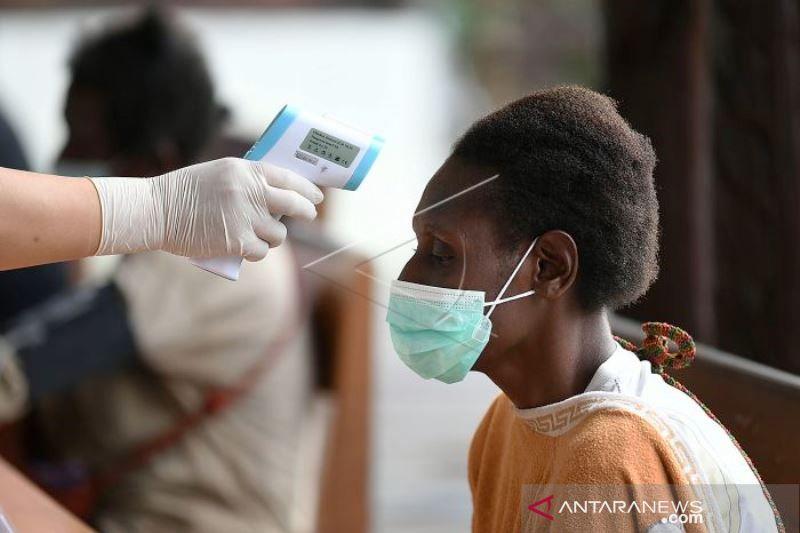 Vaksinasi COVID-19 Untuk Warga Asmat Papua