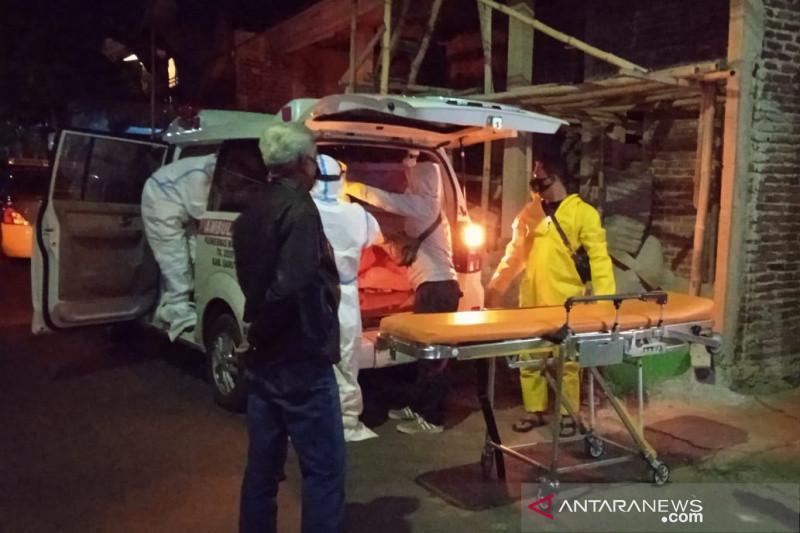 Penyebab suami-istri lansia tewas di Garut masih diselidiki
