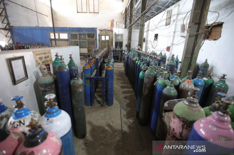 Pemkot Bandung awasi ketat distribusi tabung oksigen medis cegah kelangkaan