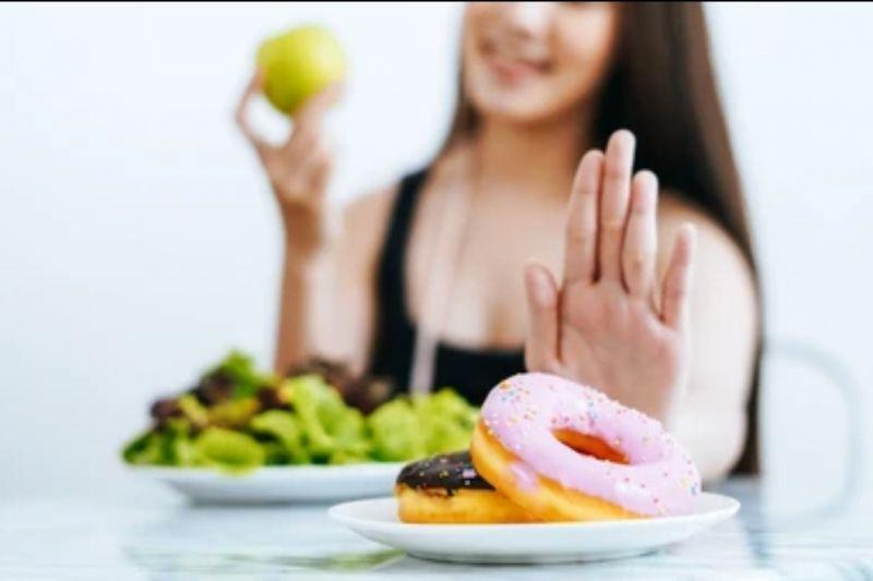 Pasien COVID-19 harus kurangi gula dan makanan berminyak