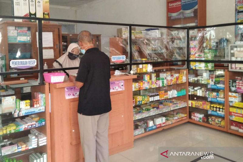 Presiden Jokowi bagikan paket obat untuk pasien isoman tak mampu pekan depan