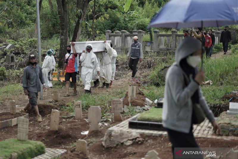 Cegah pungli, Polrestabes Bandung siagakan personel di TPU Cikadut