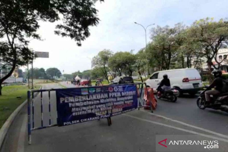 Sembilan Gerbang Tol Jakarta-Cikampek berlaku sekat buka tutup, mana saja?