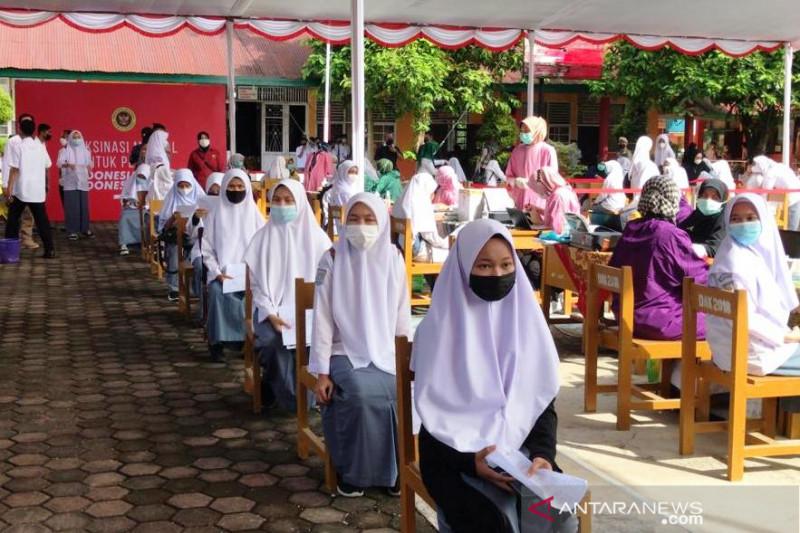 2.000 pelajar di Padangpariaman ditargetkan terima vaksin COVID-19