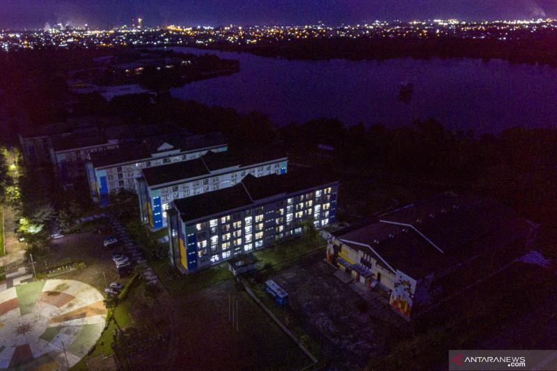 Melihat dari udara Wisma Atlet Jakabaring yang dijadikan tempat isolasi pasien COVID-19