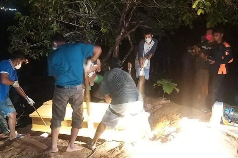 Dua jenazah teroris Poso dimakamkan di TPU Poboya Palu