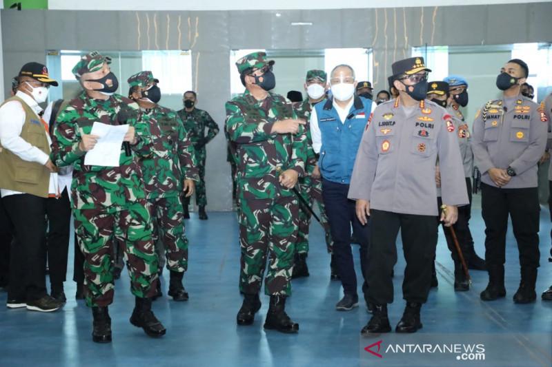 Panglima TNI tinjau vaksinasi dan PPKM darurat di Kota Bandung