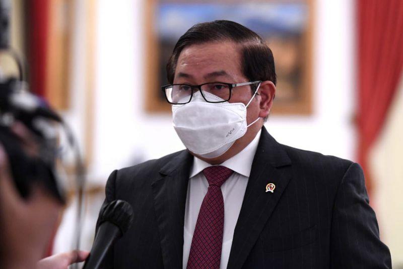 Sekretaris Kabinet: Presiden Jokowi batalkan vaksinasi berbayar