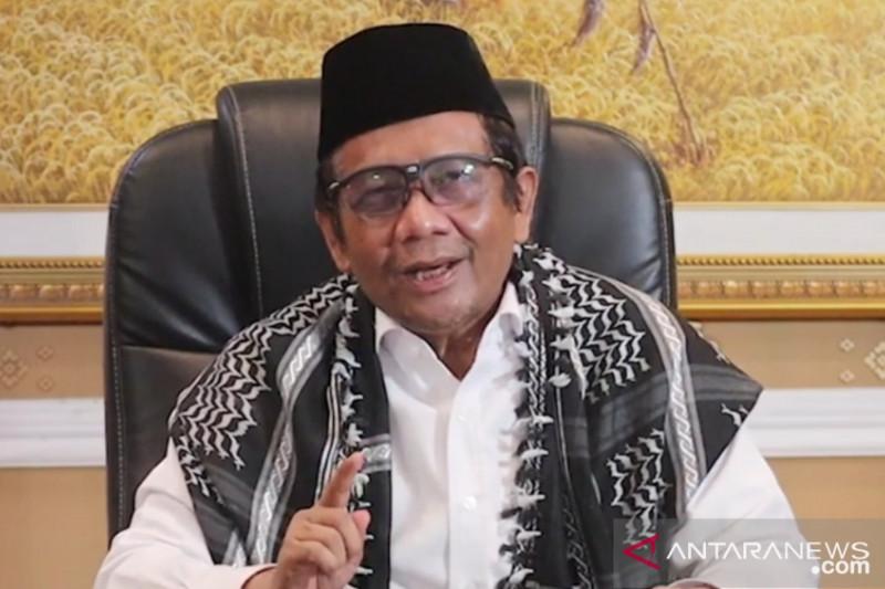 Mahfud MD mengimbau masyarakat salat Idul Adha di rumah