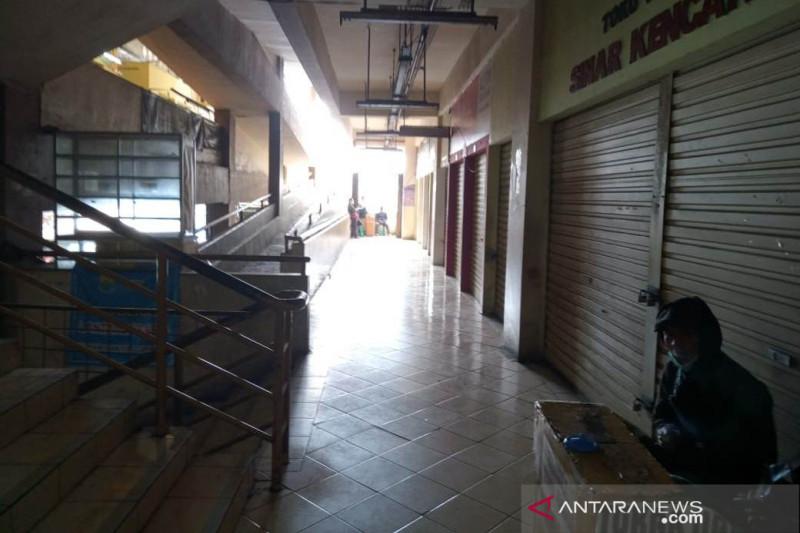 Pemkab Cianjur izinkan toko sandang kembali buka