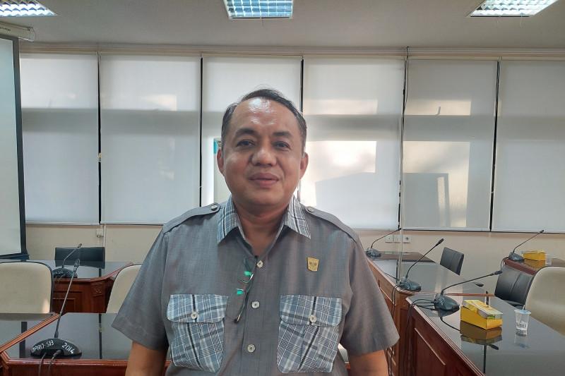 Ali Tanjung: DPRD Sumbar tak pernah hambat konversi Bank Nagari ke bank syariah