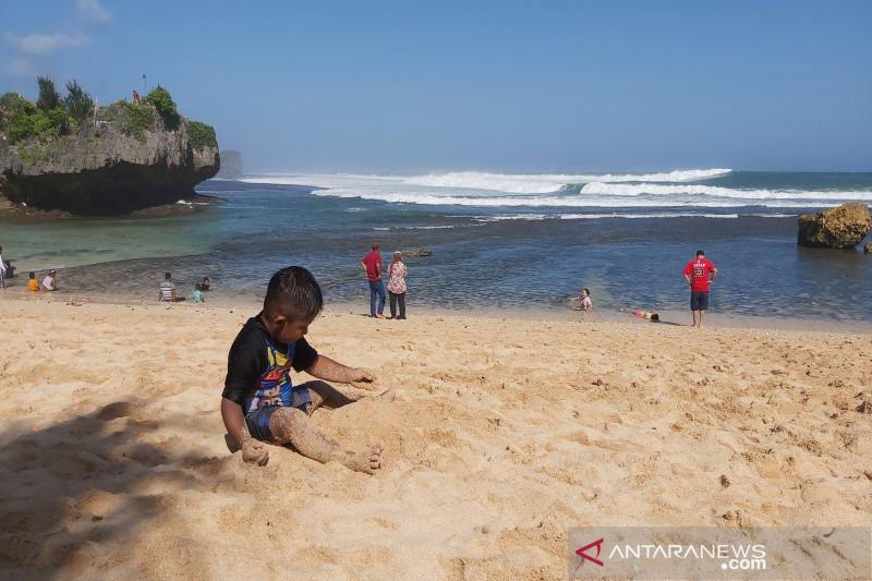 Pemkab Gunung Kidul masih menutup seluruh objek wisata