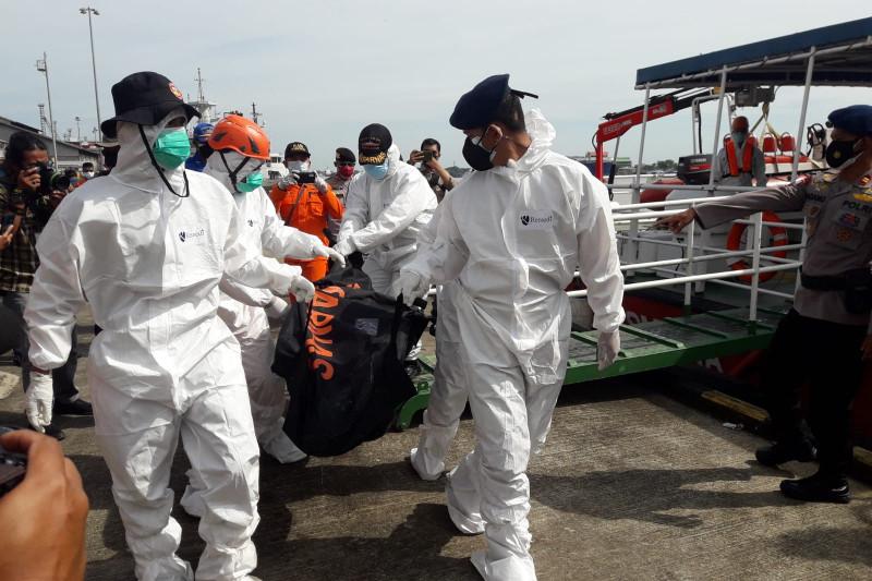 Tim SAR kembali evakuasi dua jenazah korban kapal tenggelam