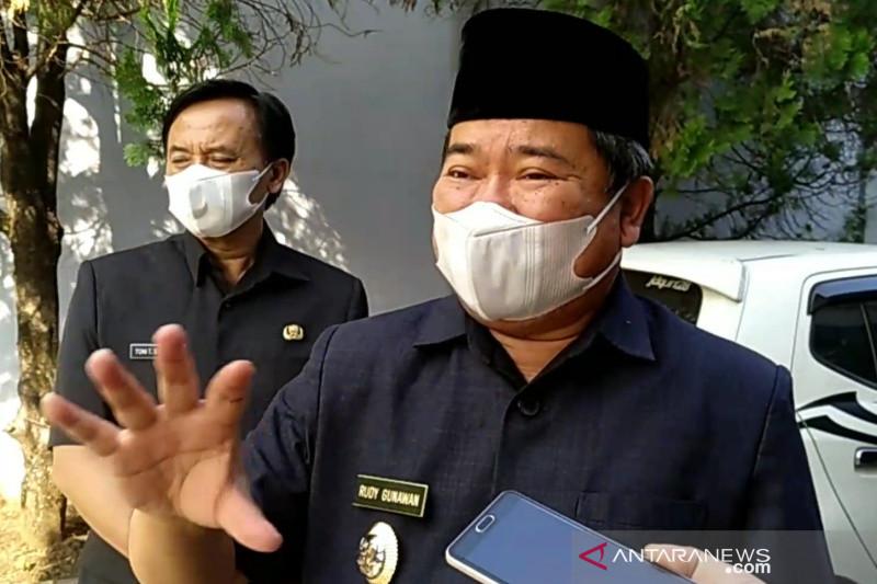 Pemkab Garut siapkan bantuan uang tunai bagi PKL terdampak PPKM