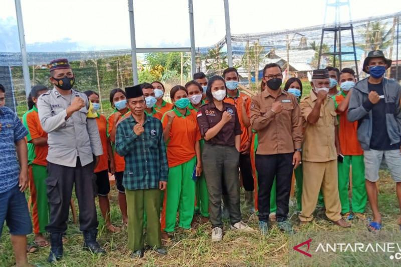 Pelajar SMK Manggarai Barat ikut pelatihan budi daya tanaman hidroponik
