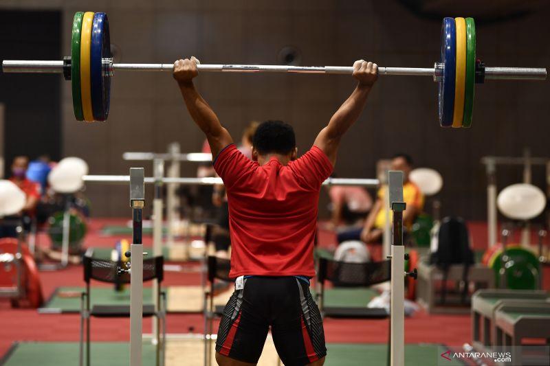 Tim angkat besi Indonesia siap adu strategi di Olimpiade Tokyo