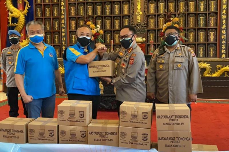 Komunitas Tionghoa Peduli kirim 1.000 paket sembako ke PKL di Kota Bandung