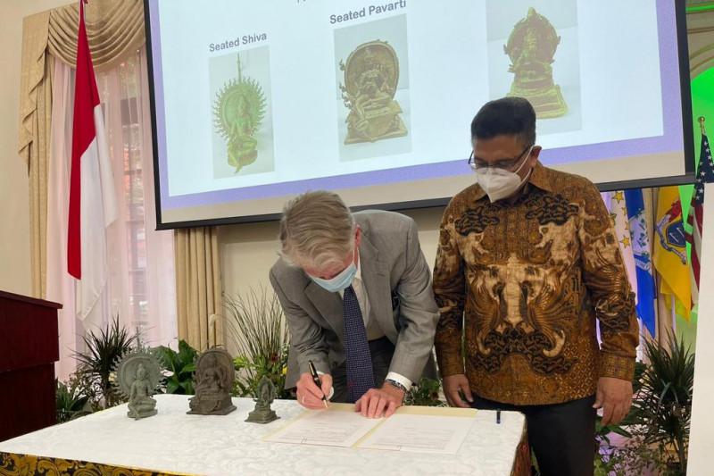 Pemerintah AS kembalikan tiga benda cagar budaya Indonesia