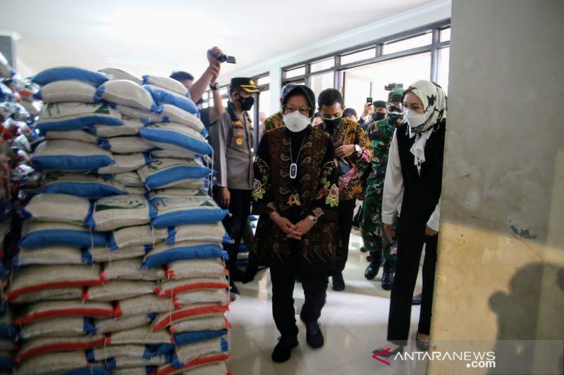 Mensos Risma blusukan di Purwakarta pastikan bansos tersalurkan