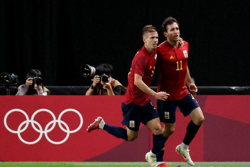 Sepak bola Olimpiade - Spanyol atasi Australia 1-0