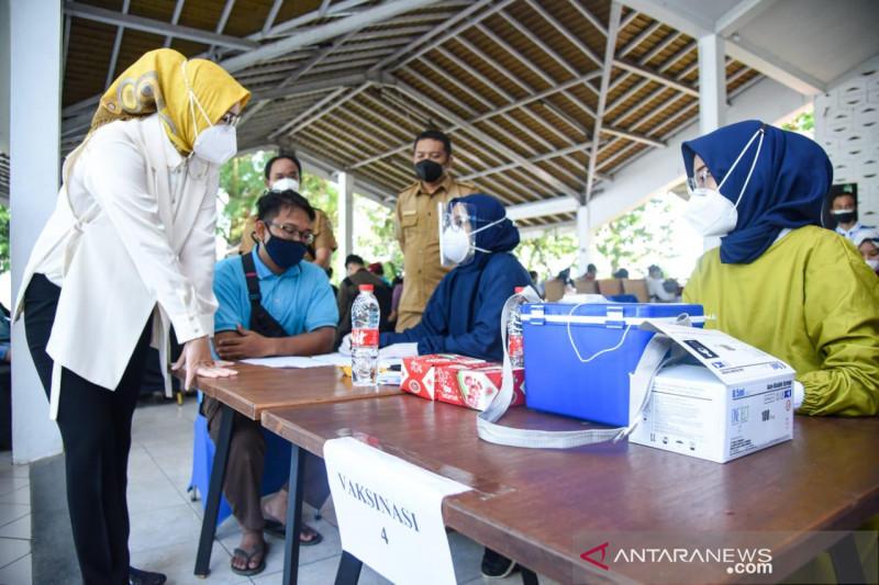 Pemkab Purwakarta targetkan 50 persen lebih penduduk divaksin pada 2021
