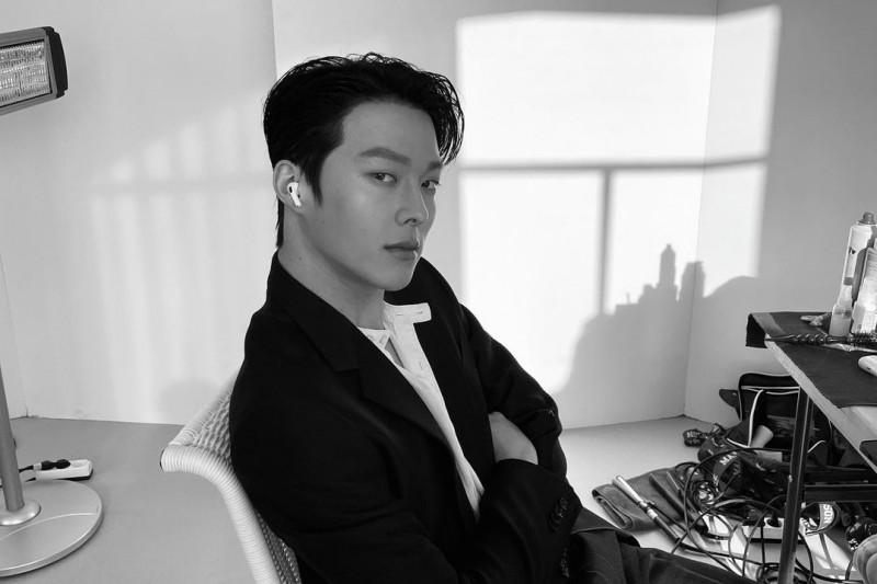 Kemarin, Jang Ki-yong wamil hingga menjaga kebersihan handuk