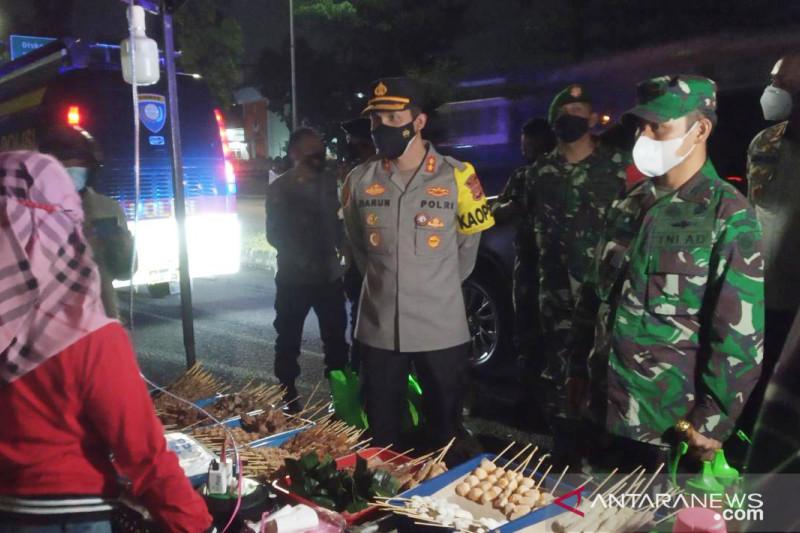 Bupati Bogor dorong pelonggaran sektor usaha kecil selama PPKM Level 4
