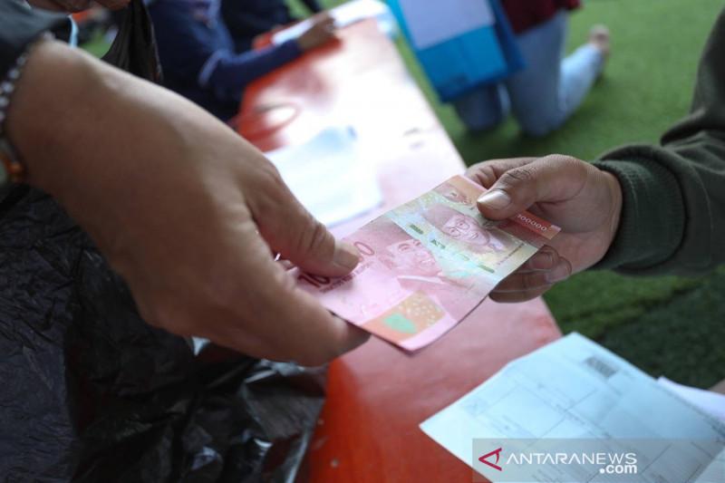 Distribusi bansos PPKM Rp500 ribu dari APBD Bandung capai 99 persen