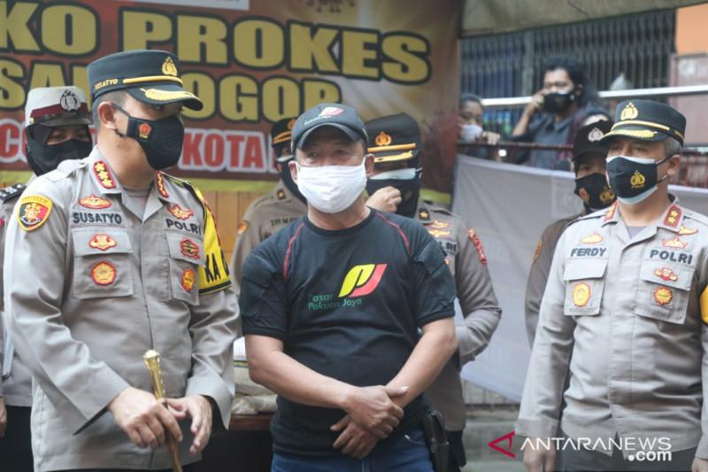 Kapolresta tinjau Posko Prokes di pasar rakyat Bogor