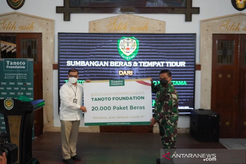 Tanoto dengan KSP donasikan 40 ribu paket beras untuk warga Jawa Barat
