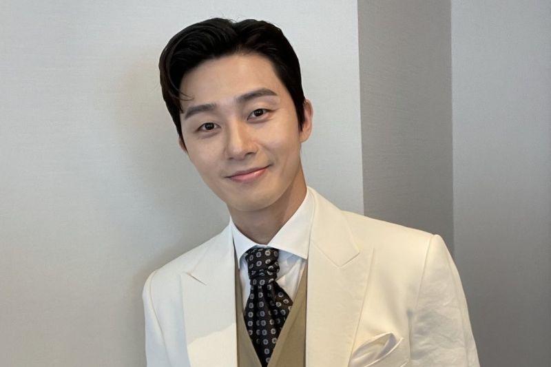 Aktor Korea Park Seo-joon komentari julukan sapi hingga ajakan nikah penggemar