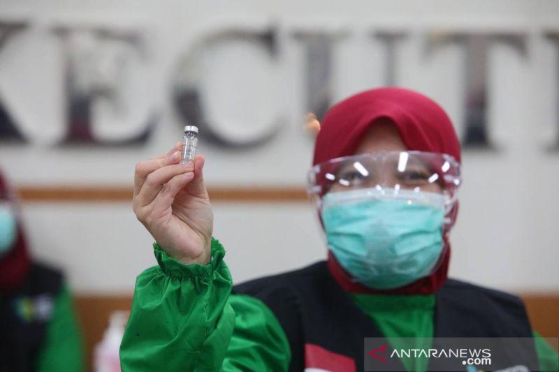 1.408 tenaga kesehatan di Kota Bandung sudah dapat suntikan ketiga vaksin